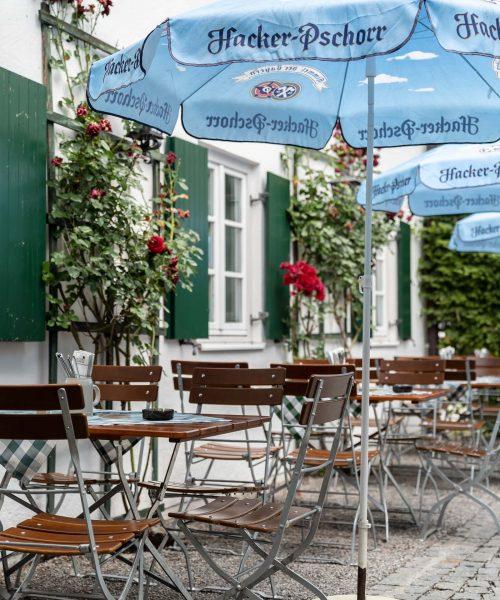 Biergarten-Terrasse-Sommer